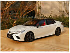 Toyota Camry Sport 2018 Metal Diecast Car Model 118 Scale Gifts White