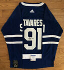 John Tavares Cards, Rookies Cards and Autographed Memorabilia Guide 61