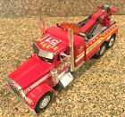 Jada Peterbilt Fire Heavy Equipment Battalion Tow Truck 1 32 Diecast