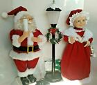 Vintage Rare Collectible Animated Mr  Mrs Claus  Light Post Lighted Motion