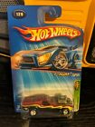 2005 HOT WHEELS TREASURE HUNT 9 12 Rodger Dodger W Real Riders NICE