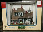 Preowned Lemax Village Collection Lighted Building (2004) Cape Estate Porcelain