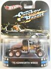 HOT WHEELS 2013 RETRO ENTERTAINMENT SMOKEY AND THE BANDIT 75 KENWORTH W900