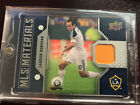 Top Landon Donovan Cards for All Budgets 36