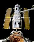 HUBBLE TELESCOPE REPAIR SPACE SHUTTLE DISCOVERY STS 82 8X10 NASA PHOTO EP 206