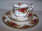 ROYAL ALBERT OLD COUNTRY ROSES BONE CHINA TRIO - CUP / SAUCER / 8'' SALAD PLATE
