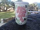 Pier 1 Red and Purple Grapes Green Leaves White Utensil Holder