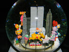 1999 Macy's Thanksgiving Day Parade Musical Snowglobe NYC Twin Towers w/ Box