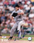 Roy Oswalt Rookie Card Checklist and Autograph Memorabilia Guide 43