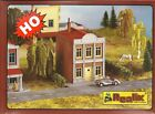 Realix HO # 2104 two story brick building HO scale pola style plastic kit
