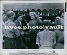 CA20 1945 State Fiar Dana Andrew Dick Haymes Holding Ring Toss Press Photo