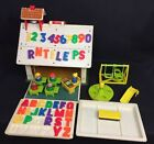 VINTAGE FISHER PRICE LITTLE PEOPLE 923 PLAY FAMILY SCHOOL HOUSE SET Most All