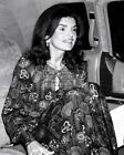 JACQUELINE KENNEDY ONASSIS ATTENDS ROYAL BALLET IN NEW YORK  8X10 PHOTO (OP-541)