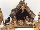 VINTAGE FONTANINI DEPOSE CHRISTMAS NATIVITY SET 16 FIGURINES AND WOODEN CRECHE