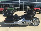 2006 Honda Gold Wing 2006 06 HONDA GOLDWING GL1800 MINT CONDITION ONLY 14695 MILES RUNS GREAT 10499
