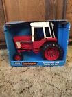 Ertl Farm Country International 1586 Tractor with Cab 1 16 Die Cast Metal NOS