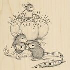 Tiny Tailor HOUSE MOUSE Wood Mounted Rubber Stamp STAMPENDOUS NEW HMQ20