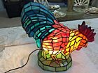 LARGE COLORFUL TIFFANY STYLE STAINED GLASS ROOSTER LAMP VERY NICE