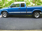 2001 Chevrolet Truck S10  for $2400 dollars