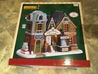 Lemax NORTH POLE SNOWCONES-LIGHTED BUILDING -Holiday Village -Train
