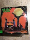 Lemax Full Moon Moonshine-SPOOKY TOWN Lighted Village