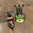 LEGO Juniors Pirate Treasure Hunt (10679) Minifigures Minifigs No Shark
