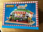 Lemax Village Trailer- Our Summer Paradise  Lighted  -Camper /Carnival/Train