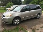 2005 Toyota Sienna LE 2005 for $1500 dollars