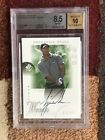 2001 SP Authentic #45 Tiger Woods Golf ROOKIE RC AUTO 900 Graded BGS 8.5 NM M+