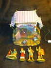 Fontanini Weavers Shop 5 Heirloom Nativity Village Building w 4 Figures in Box