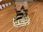 "David Winter Cottage 1987 ""Lace Makers Cottage"", rare piece, England made"