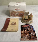 David Winter The Royal Box Cottage D1126 2000 from Enesco