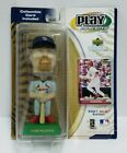 MARK MCGWIRE St Louis Cardinals Upper Deck Playmakers 2001 MLB Bobblehead & Card