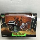Lemax Spooky Town Halloween Village Retired Gruesome Grave Digger 53511 New