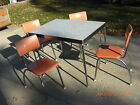 ((( Vintage 1940's-1950's Kitchen Table & 4 Chairs ))) ANTIQUE
