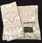 CYNTHIA ROWLEY MEDALLION VINE GREY WHITE BATH HAND WASH TOWELS - SET OF 3 - NEW