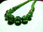 VINTAGE BRILLIANT GREEN LAVA FOIL ART GLASS GRADUATED BEAD NECKLACE STUNNING