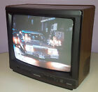MAGNAVOX VINTAGE TELEVISION RETRO TV SET WALNUT CABINET 13-INCH COLOR CRT