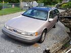 1995 Ford Taurus  1995 below $1300 dollars