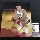 Tim Duncan Rookie Cards and Autograph Memorabilia Guide  49