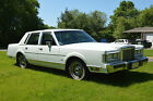 1987 Lincoln Town Car  for $1500 dollars