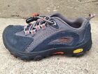 Pair of Keen Parker Hiking Shoes Boys Size 9 Gray Orange Worn just a few times