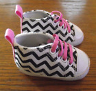 INFANT GIRLS BABY GEAR HIGH TOP SHOES SIZE 3 6 MONTHS WHITE BLACK PINK VERY CUTE