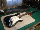 Vintage 1980's Cresscent electric guitar Made In Korea Very Nice!!! Case...