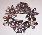 VINTAGE   SNOWFLAKE CHRISTMAS WREATH  BROOCH PIN