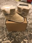 Ugg Australia Erin Baby Boots Sand Seude Large 18 24 months shoe size 6 7 NEW