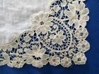 SUPERB ANTIQUE HAND MADE LINEN HANKY WITH BRUSSELS DUCHESSE LACE EDGE~12 1/2
