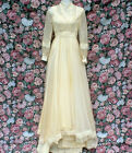VINTAGE 60S 70S SWEET ROMANTIC CREAMY BEIGE CHIFFON LACE WEDDING DRESS SIZE 6