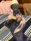 VINTAGE RETIRED LLADRO OUR LADY WITH FLOWERS #5171 MADONNA VIRGIN MARY FIGURINE