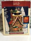 2002 Lemax Santa's Wonderland Bakery Lighted Village House Glass Display Window